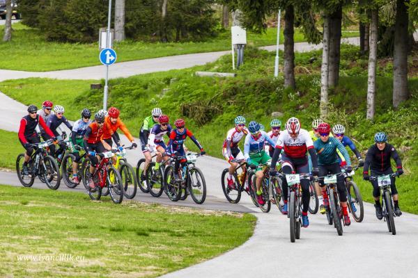 Bike a Roll  29 5 21 IC 035