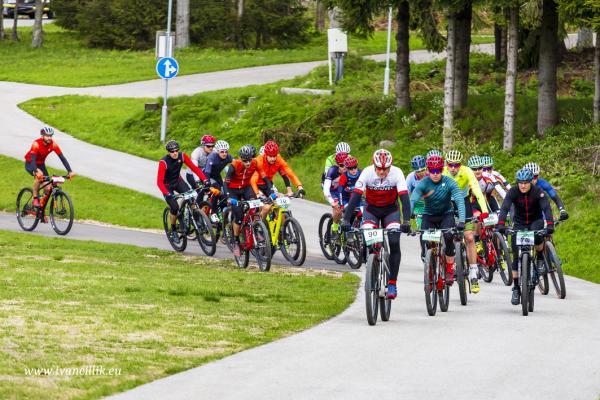 Bike a Roll  29 5 21 IC 036