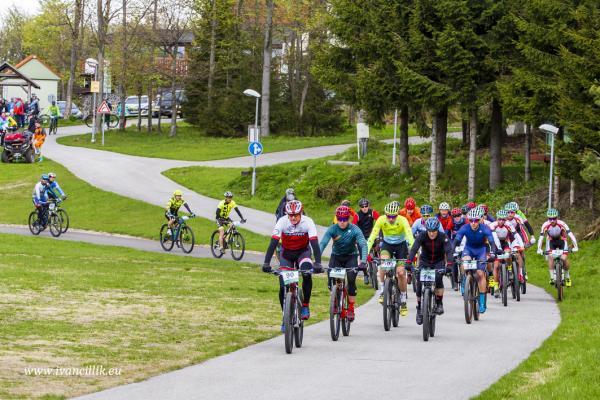 Bike a Roll  29 5 21 IC 037