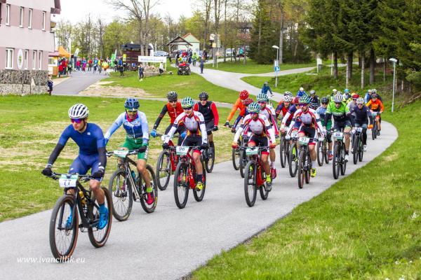 Bike a Roll  29 5 21 IC 041