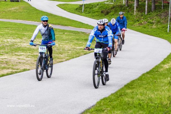 Bike a Roll  29 5 21 IC 044