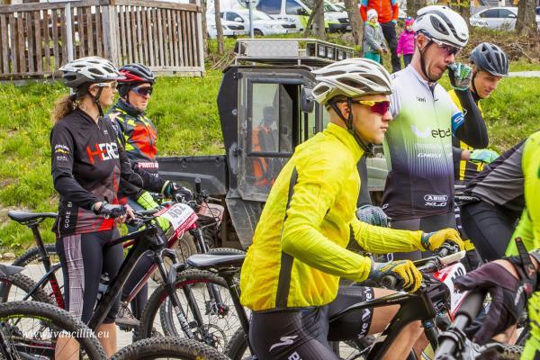 Bike a Roll  29 5 21 IC 074