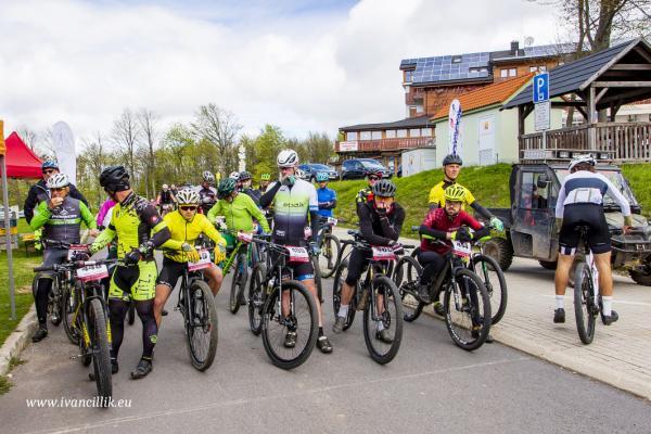 Bike a Roll  29 5 21 IC 075