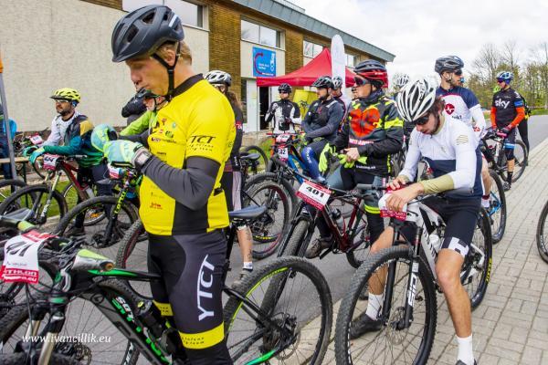 Bike a Roll  29 5 21 IC 078