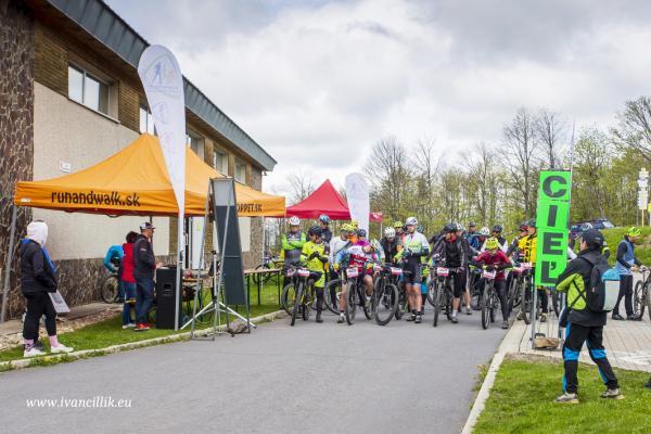 Bike a Roll  29 5 21 IC 083