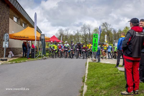 Bike a Roll  29 5 21 IC 087