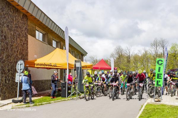 Bike a Roll  29 5 21 IC 088