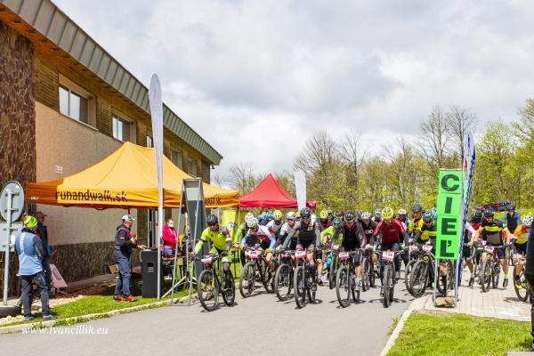 Bike a Roll  29 5 21 IC 089