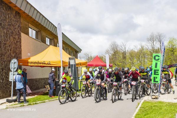 Bike a Roll  29 5 21 IC 090
