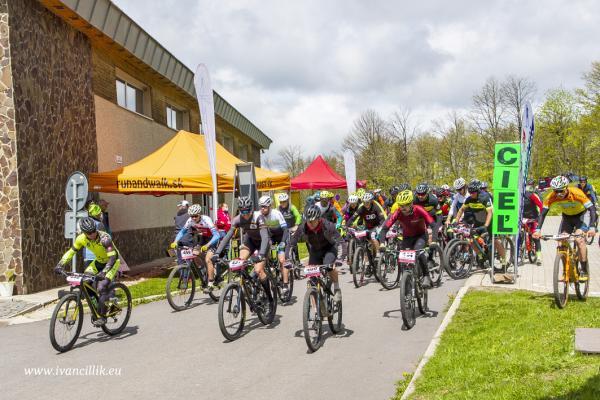 Bike a Roll  29 5 21 IC 091