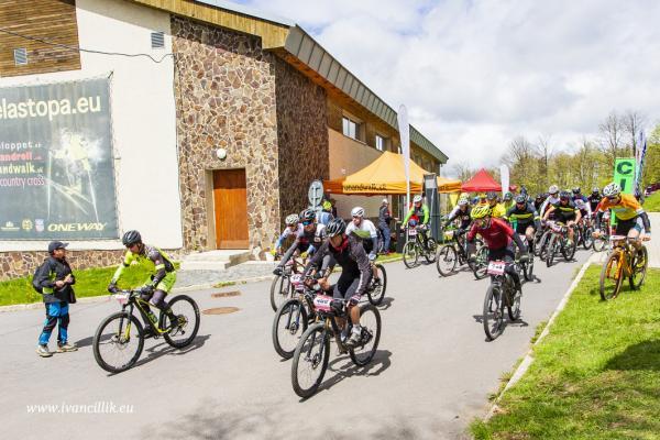 Bike a Roll  29 5 21 IC 093