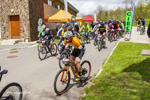 Bike a Roll  29 5 21 IC 096