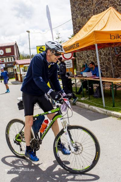 Bike a Roll  29 5 21 IC 255